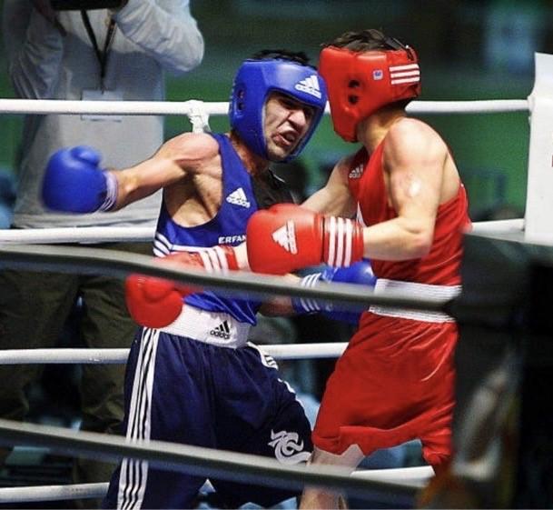 Erfan Kakahani flugviktsboxaren som blev politiker