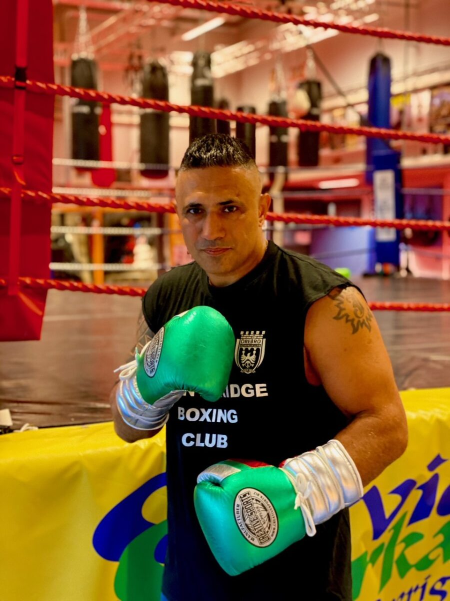 """Kamran Kabinejad – """"Boxningsförbundet har tagit kartell på boxningen"""""""