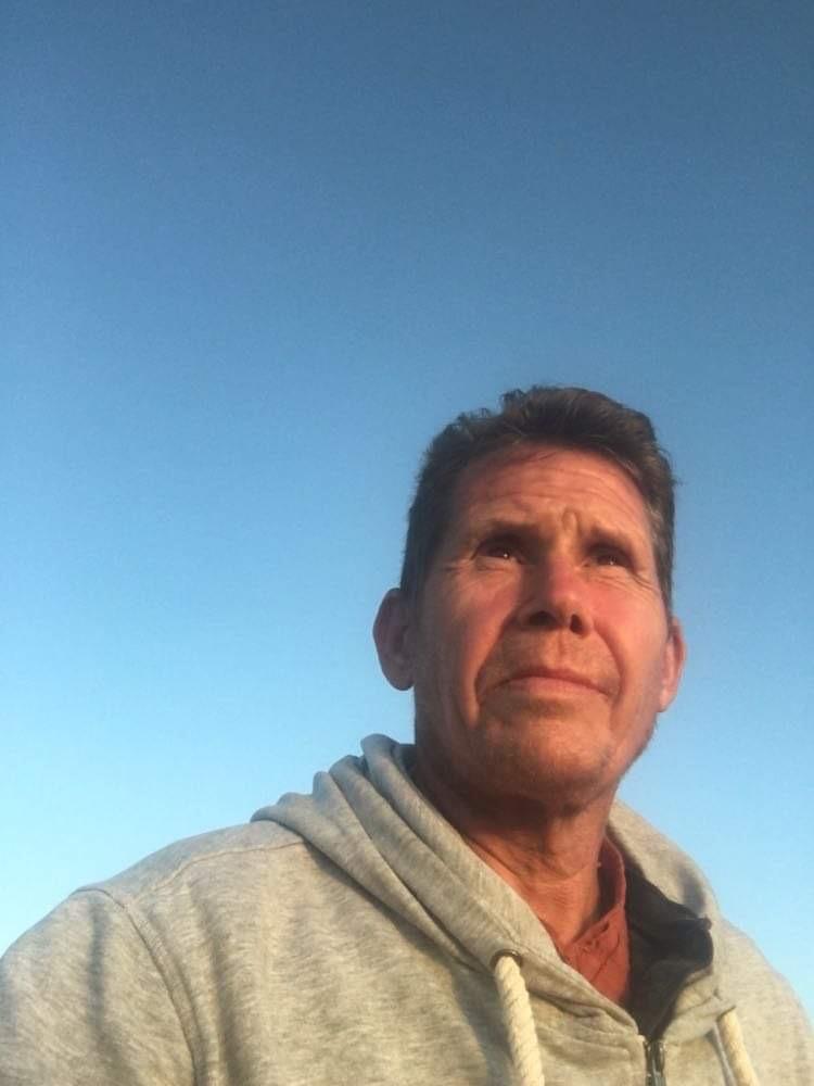 Söndagskrönikan: Tränaren Mats Runhammer om en karriär som abrupt tog slut – Christer Dutta ny tränare i Djurgården – Gabriel Rosado recenserar boxningsfilmer